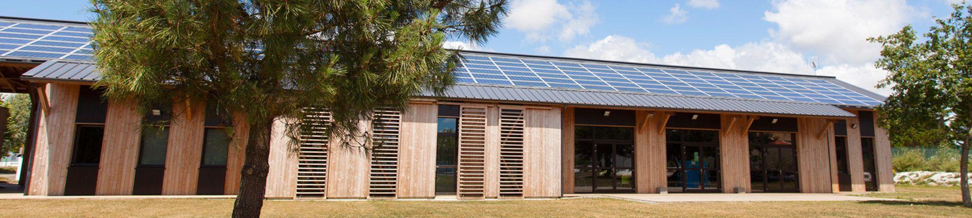 Bandeau de la page 'Centrale photovoltaïque du 45 Tours – Espace Jeunesse